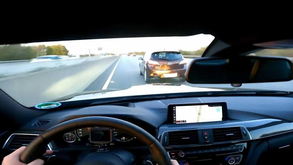 BMW M4 near crash on the Autobahn