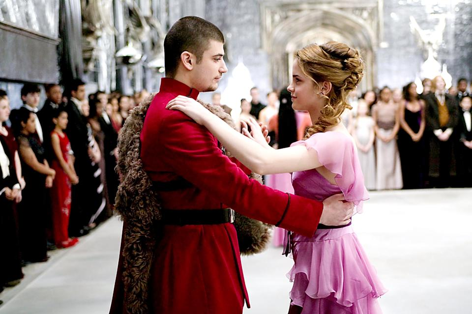 HARRY POTTER AND THE GOBLET OF FIRE, Stanislav Ianevski, Emma Watson, 2005, (c) Warner Brothers/courtesy Everett Collection