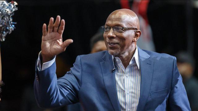 NBA Hall of Famer Clyde Drexler joins Tiki and Tierney to discuss the San Antonio Spurs trading Kawhi Leonard to the Toronto Raptors for DeMar DeRozan.