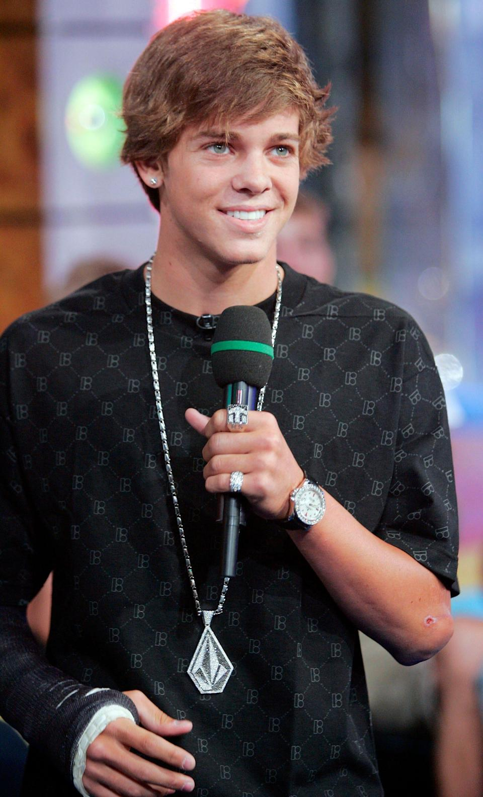 """Skatboarder Ryan Sheckler appears on MTV's """"Total Request Live"""" Monday, Aug. 27, 2007 in New York."""