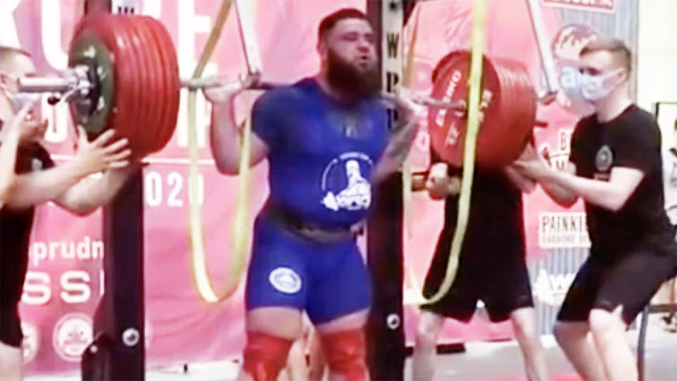 Alexander Sedykh, pictured here attempting to lift 400kg.