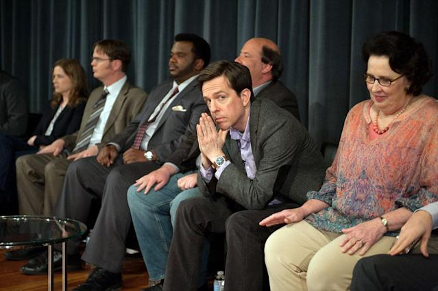"""Finale"" Episode 924/925 -- Pictured: (l-r) Jenna Fischer as Pam Beesly Halpert, Rainn Wilson as Dwight Schrute, Craig Robinson as Darryl Philbin, Brian Baumgartner as Kevin Malone, Ed Helms as Andy Bernard, Phyllis Smith as Phyllis Vance"