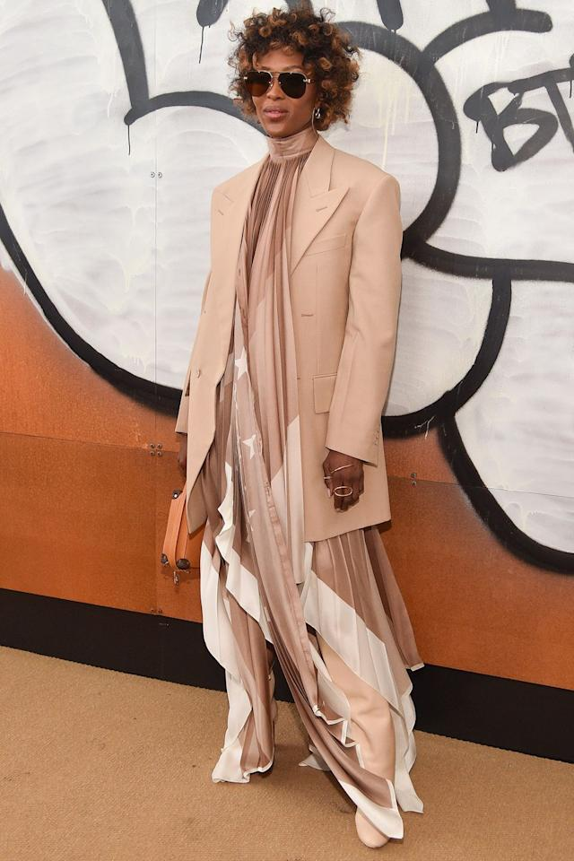 "<p><strong>17 January </strong>Naomi Campbell attended the Louis Vuitton menswear show in Paris wearing complementing camel tones. </p><p><a rel=""nofollow"" href=""https://www.harpersbazaar.com/uk/fashion/style-files/g36775/one-tone-dressing/"">HOW TO PULL OFF ONE-TONE DRESSING </a></p>"