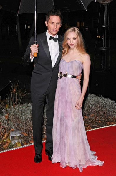 <b>Military Awards red carpet: Eddie Redmayne and Amanda Seyfried </b><br><br>The American actress looked stunning on the arm of her Les Miserables co-star in a lilac dress with an on-trend metallic belt. <br><br>© Rex