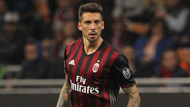 """<p><strong>Transfer: AC Milan to Trabzonspor </strong></p> <br><p>The summer spending spree at AC Milan has done little to ease the concerns of flop midfielder Jose Sosa and the Argentinian is <a href=""""http://www.90min.com/posts/5427683-milan-midfielder-sosa-set-to-join-turkish-outfit-trabzonspor-after-seeing-game-time-restricted"""" rel=""""nofollow noopener"""" target=""""_blank"""" data-ylk=""""slk:close"""" class=""""link rapid-noclick-resp"""">close</a> to joining Turkish side Trabzonspor, if recent reports are to be believed.</p>"""