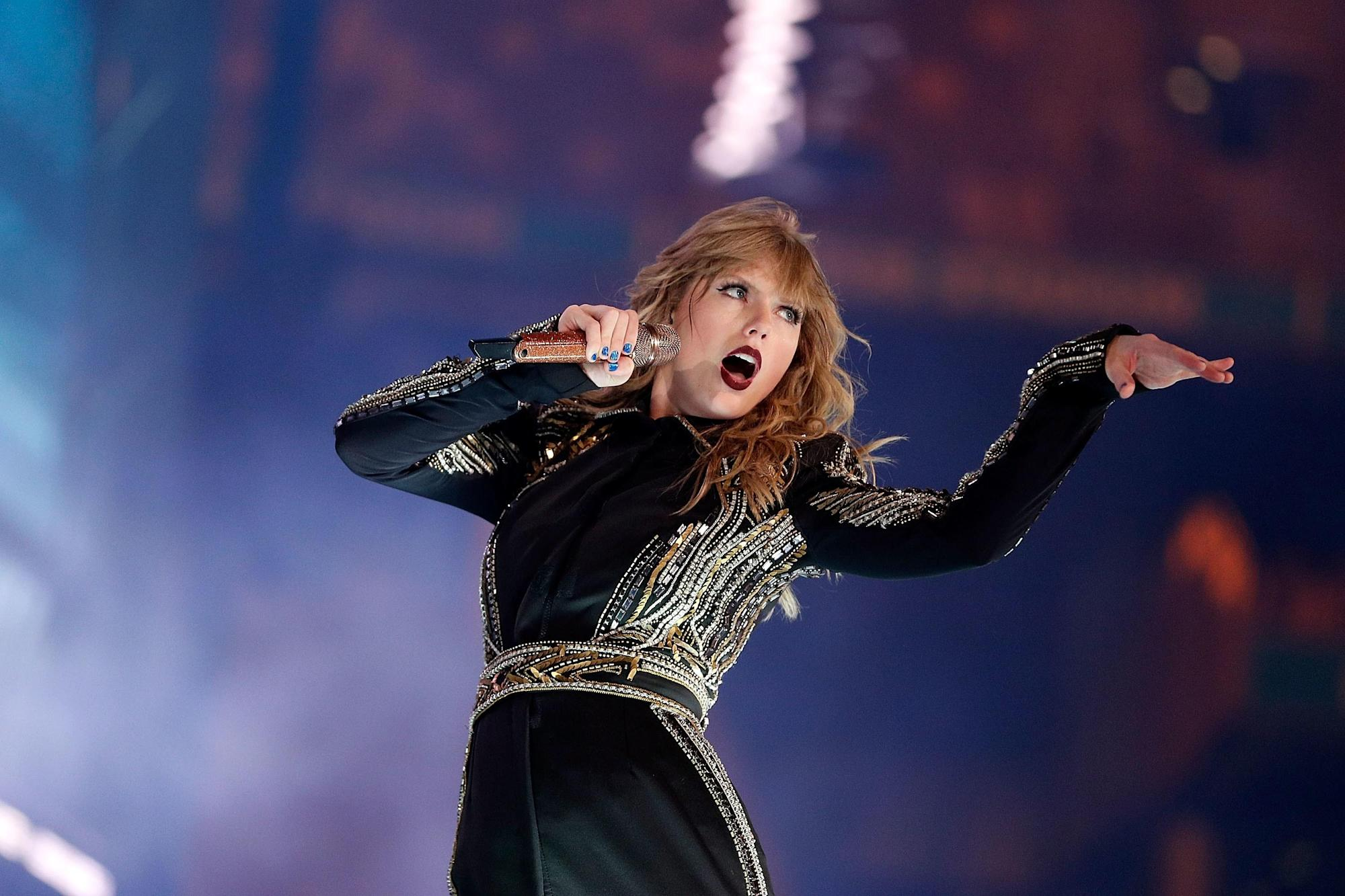 Taylor Swift Fans Think Her Next Album Is Finished, and I ...