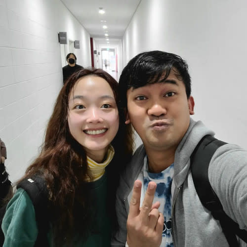 And here he is with Lee Yoo Mi aka Player 240