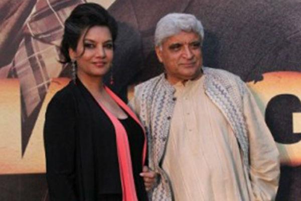 <b>9. Shabana Azmi-Javed Akhtar</b><br><br>Lyricist Javed Akhtar and actor Shabana Azmi have been one of the most vocal and socially active couples of the industry. Shabana, well known for her characters in both commercial and parallel cinemas, tied the knot with Javed in 1984. This was Javed's second marriage. He was married to Honey Irani before this. Javed and Honey had two children-Farhan and Zoya.