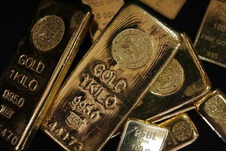 Gold prices were little changed on Thursday