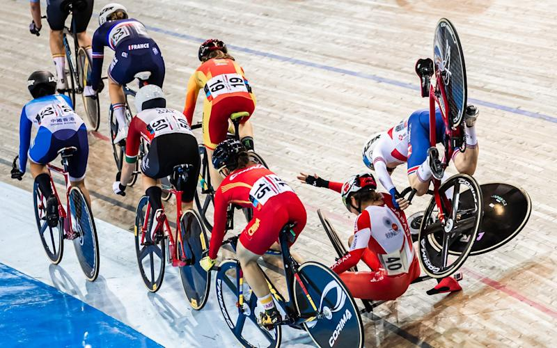 Laura Kenny of Great Britan and Kisato Nakamura of Japan crash during the Women's Omnium Tempo race in January 2020 - SWPIX.COM