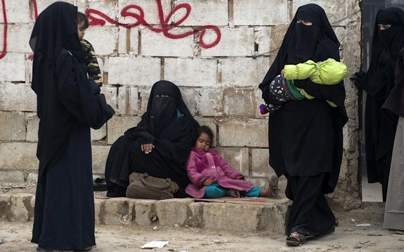 Displaced Syrian women and children at al-Hol - AFP