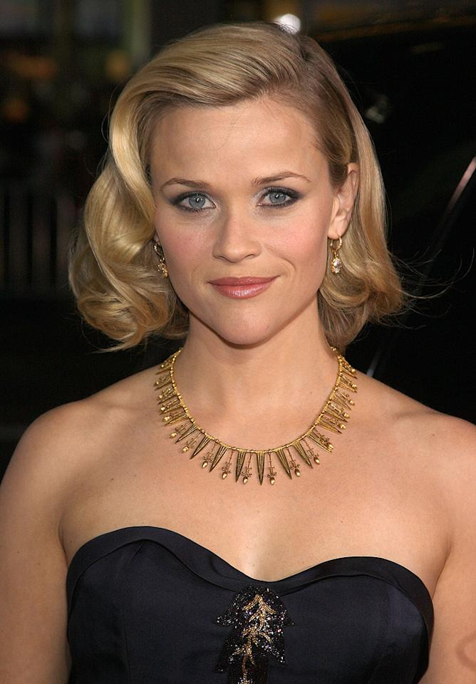 """<a href=""""http://movies.yahoo.com/movie/contributor/1800018812"""">Reese Witherspoon</a> at the Los Angeles premiere of <a href=""""http://movies.yahoo.com/movie/1809961243/info"""">Four Christmases</a> - 11/20/2008"""