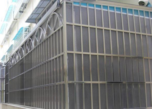 白鐵門.白鐵窗.白鐵雨棚.遮雨棚.採光罩.下雨沒煩惱...高屏地區服務佳