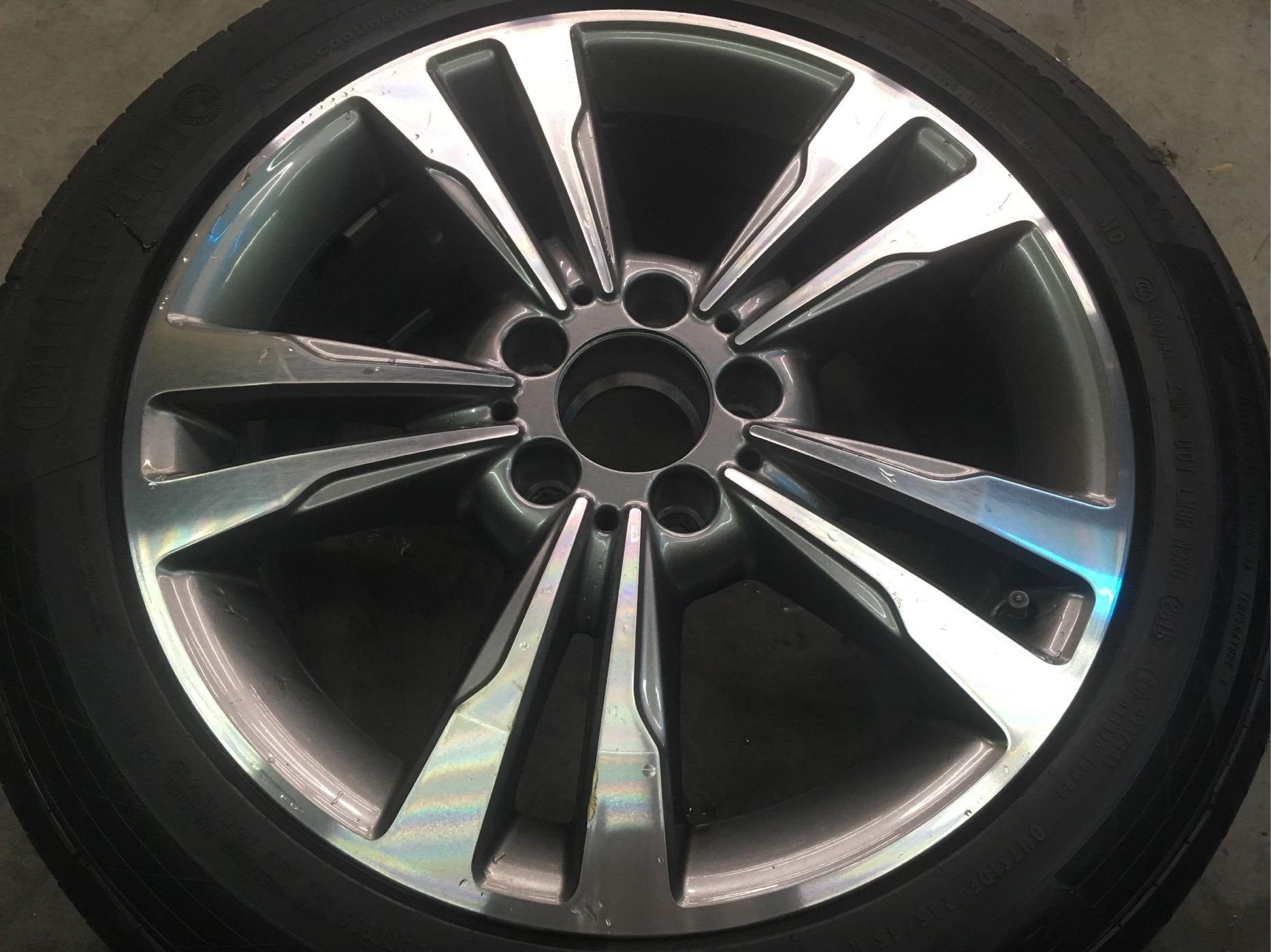 賓士 W212 E250 17吋 原廠雙色鋁圈 W204 W205 W176 C200 C250 A180 A200 僅剩一顆 無傷 狀態接近新品