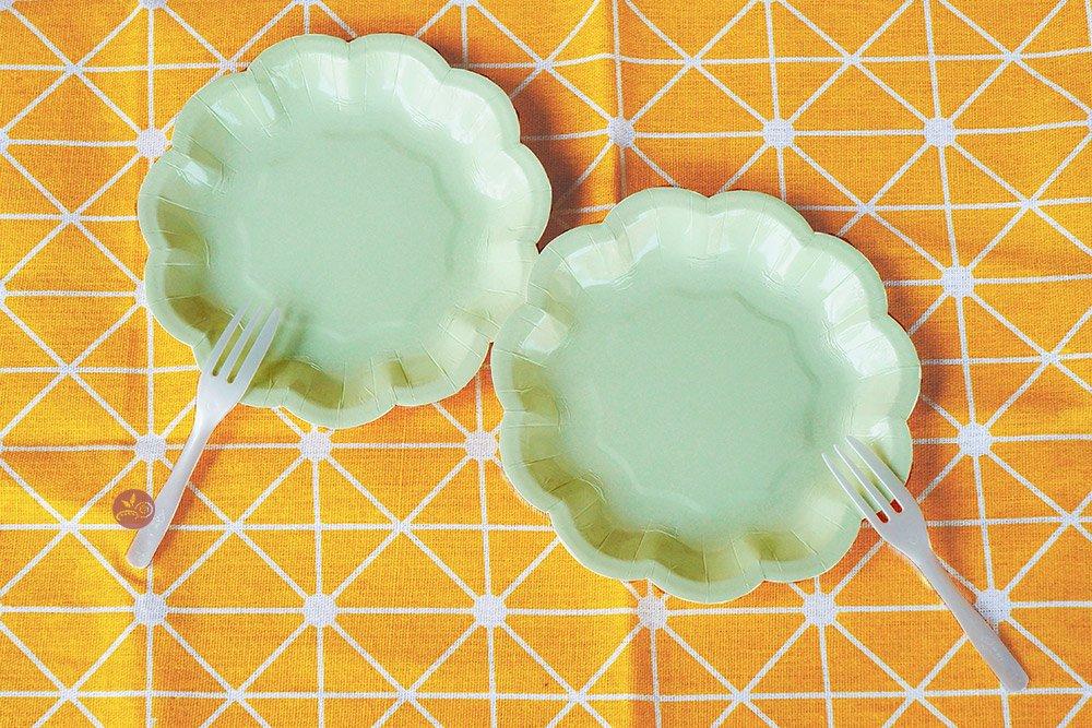 蛋糕紙盤叉_小花綠盤含叉5入_145-PR-GREEN5◎蛋糕.紙盤.蛋糕盤.小花.免洗.餐具.含叉子