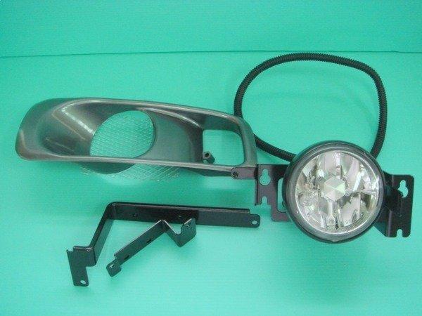 ☆小傑車燈家族☆全新高品質K8-99 jm改款後晶鑽霧燈DEPO製一顆900元(含外蓋.燈泡.腳架)