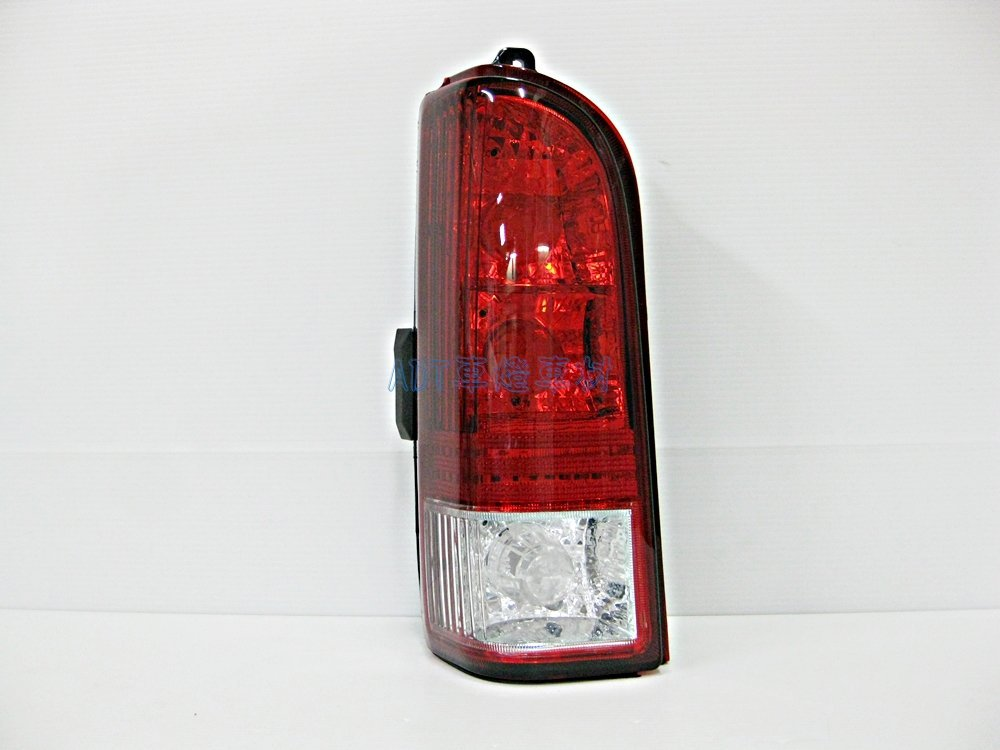 ~~ADT.車燈.車材~~福特 PRONTO 好幫手 PRZ  原廠型晶鑽紅白尾燈單邊 600
