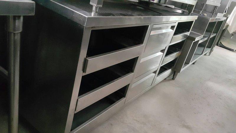 達慶餐飲設備 八里二手倉庫 二手設備 二手 杯盤抽屜式廚櫃