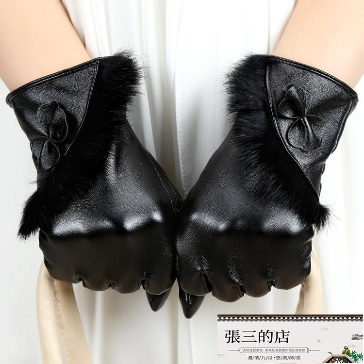 手套 皮手套女冬刷毛手套兔毛可愛蝴蝶結保暖騎車修手手套防風尚【張三的店】