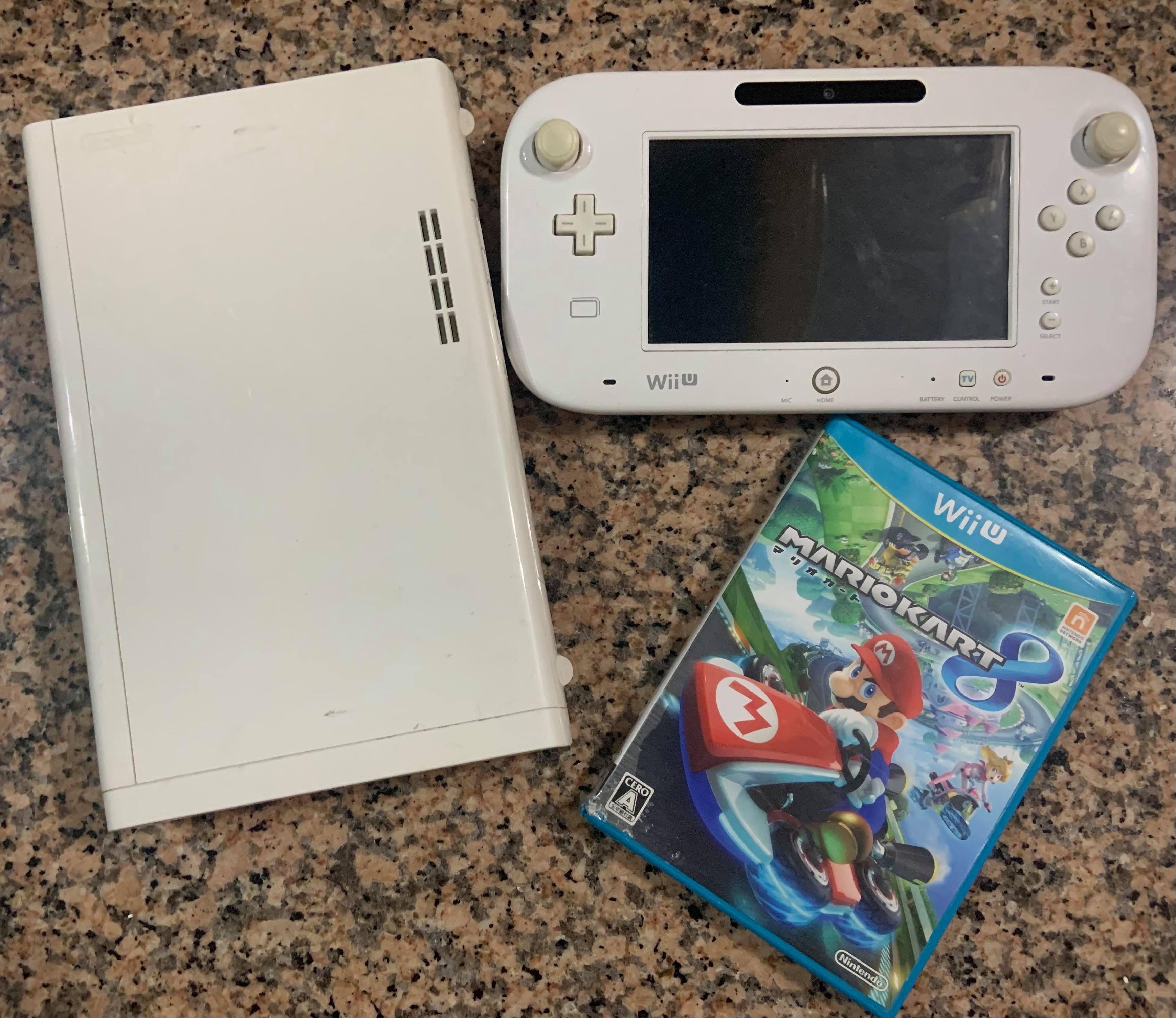 (二手良品)任天堂 Wii U主機+GAMEPAD+基本電源+原版馬力歐賽車8(立馬玩~不用買Wii/Switch了)