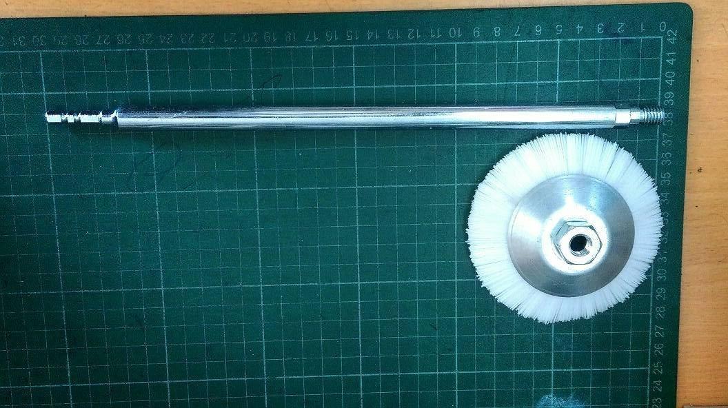 專利型電鑽轉接桿30公分六角頭轉接桿+碟型尼龍刷可刷馬桶的邊角溝槽黃垢-清潔廁所刷洗浴室的好幫手(電鑽主機請自備)