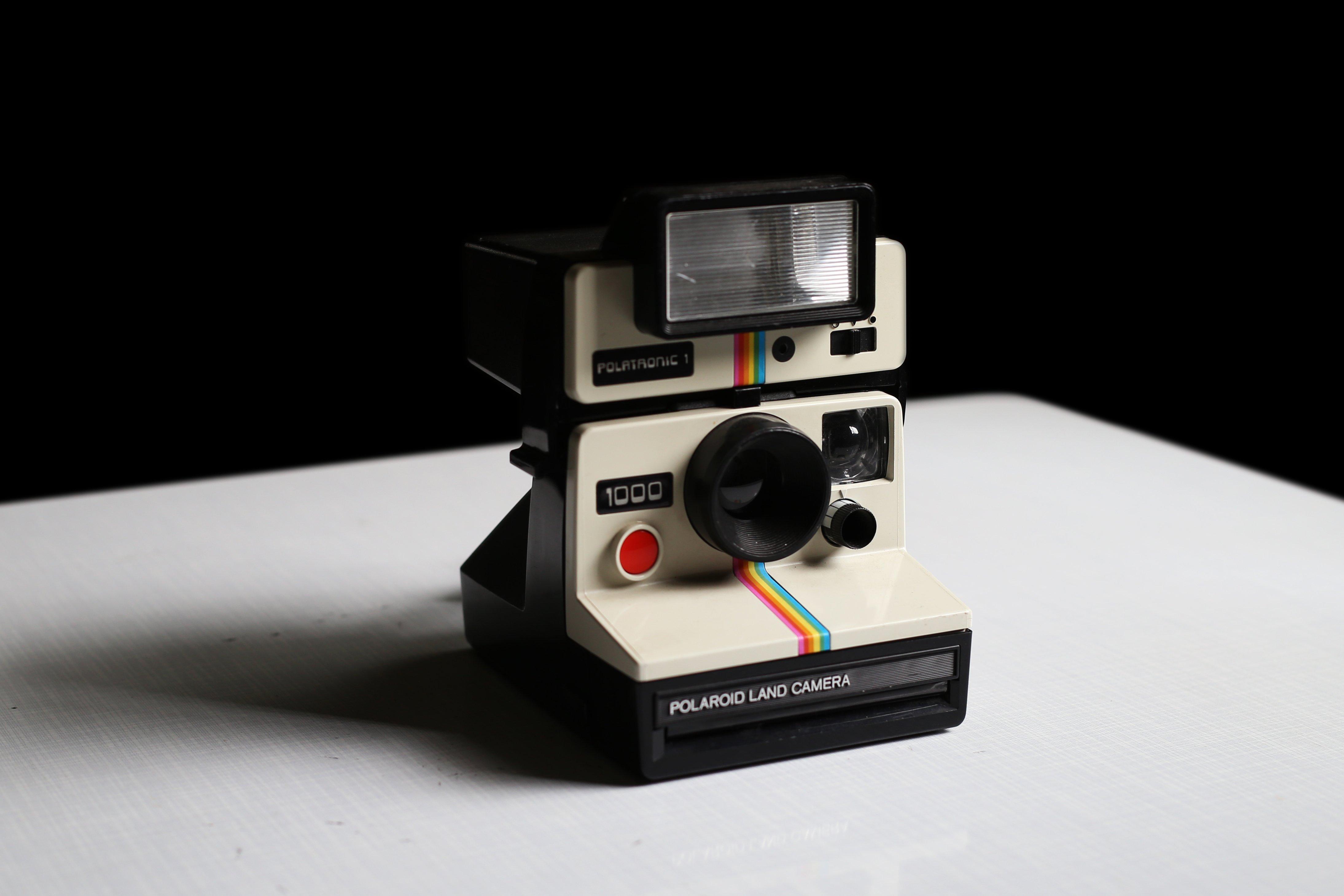 挖你老物《 寶麗來拍立得相機 》Polaroid Land Camera 1000 彩虹機 Rainbow 舊物 二手