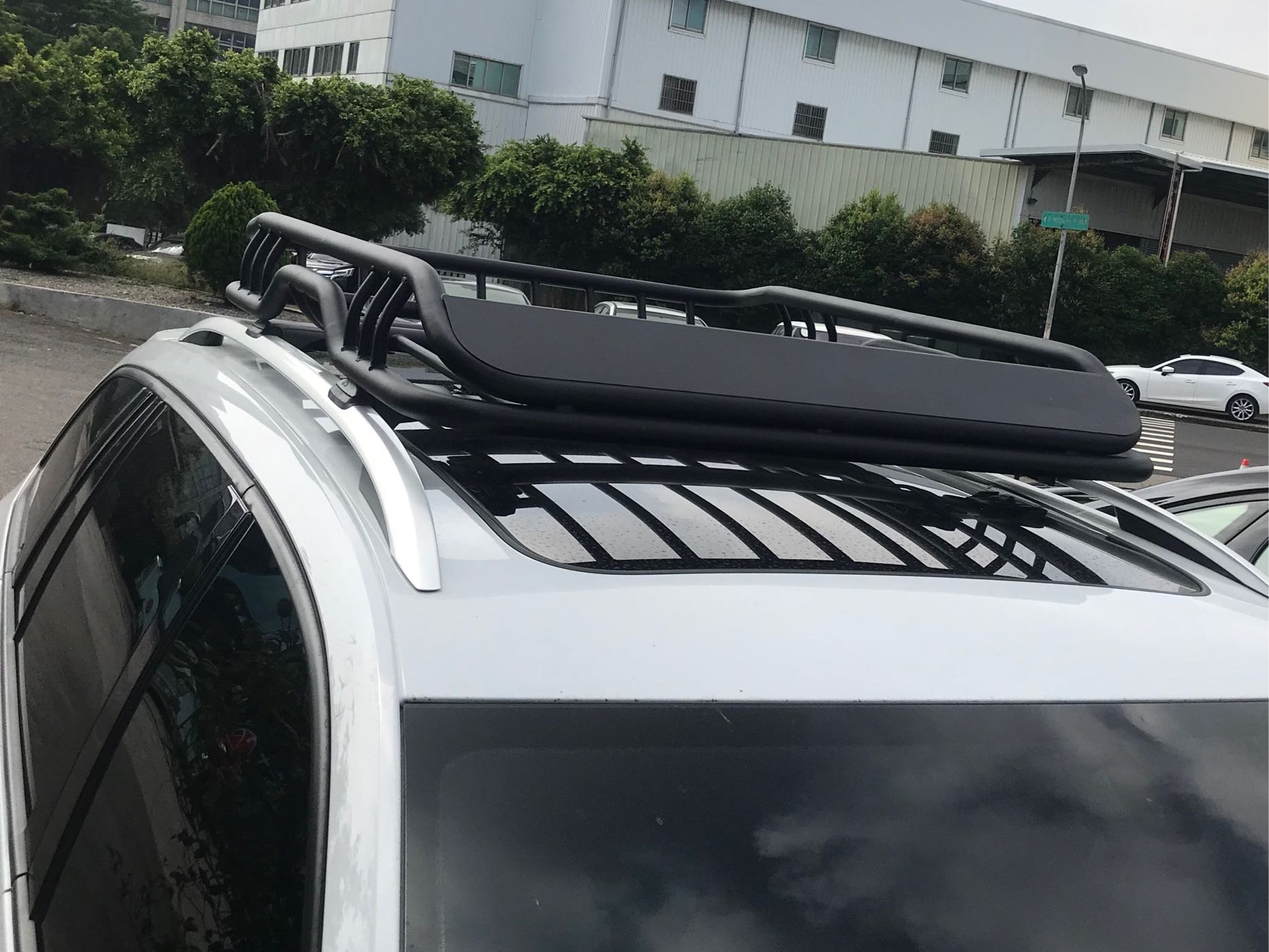 車頂籃 置物籃 置物架 行李框 露營 旅行 Golf RAV4 CRV Caddy Tiguan Wish 森林人 Focus Kuga A4 Q5 V60