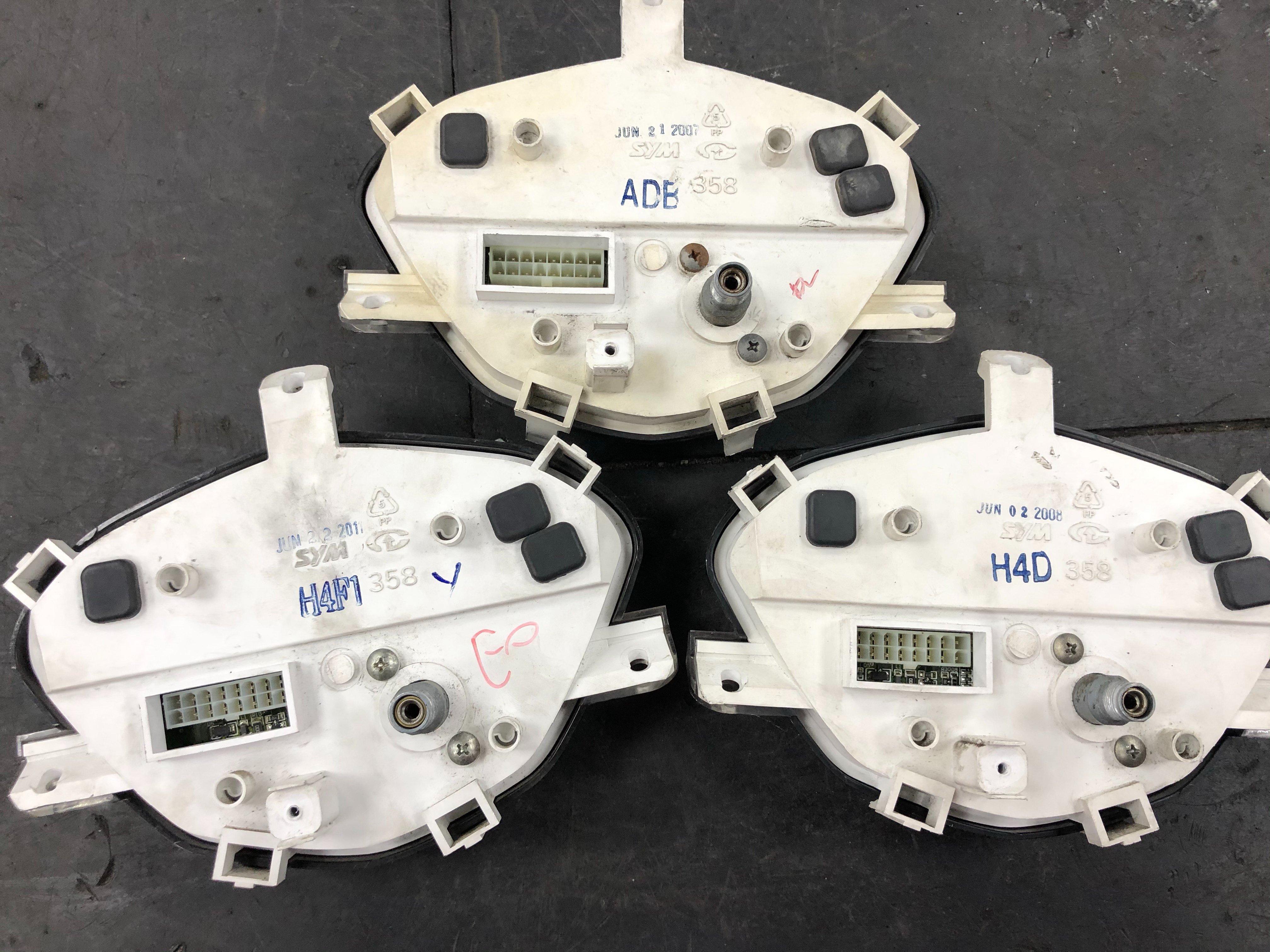 SYM GT 125 儀表 碼錶 中古整新品 化油 噴射 車種 皆有修理 液晶淡化 按鍵 油表 轉數 功能皆正常