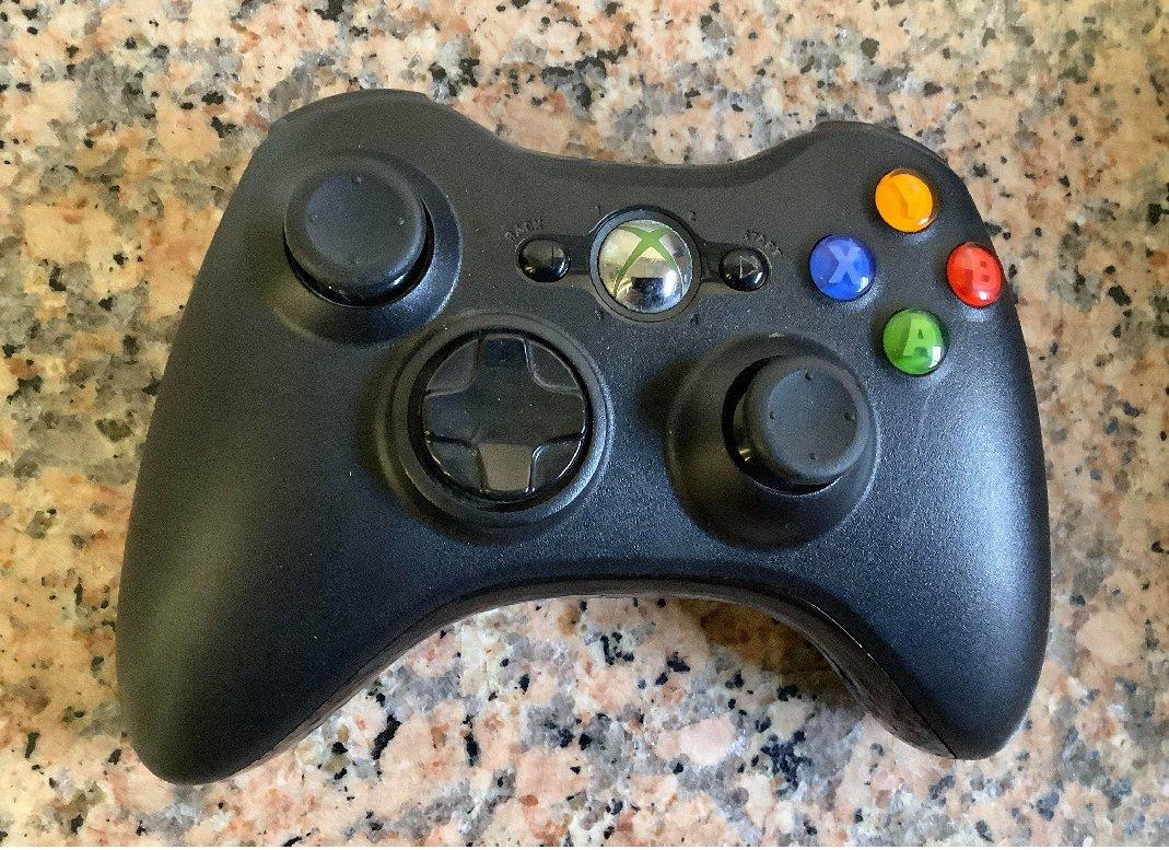 __二手良品_Xbox360原廠 把手無線手把/遙控器(PC可用)