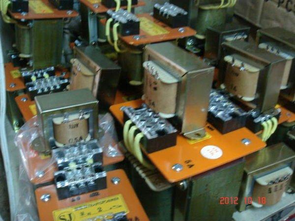 [多元化清倉品]全新變壓器220V變110V.110-220V變12-24V.380-440V變110-220