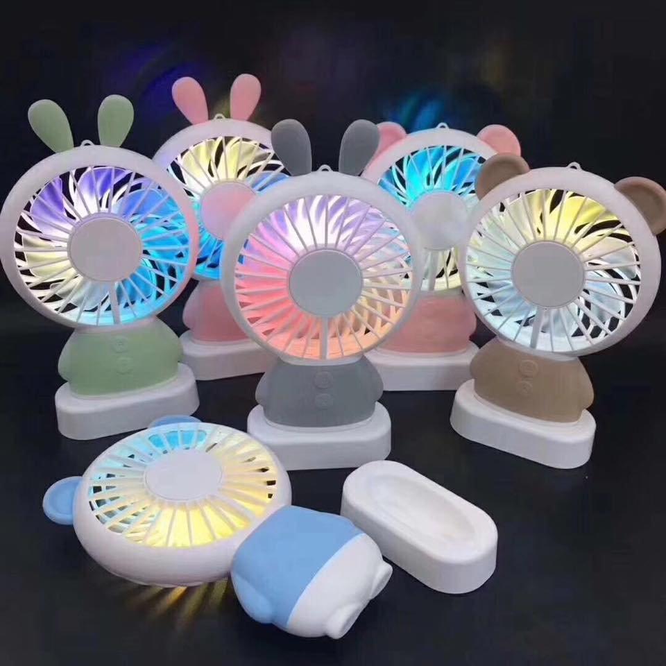 『集集大 』LED發光 電風扇 可愛 七彩 USB充電 隨身扇 手持扇 戶外 迷你 電扇 消暑 嬰兒車