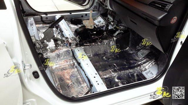富馳汽車音響 TOYOTA  NEW YARIS  全車底盤制震墊隔音工程