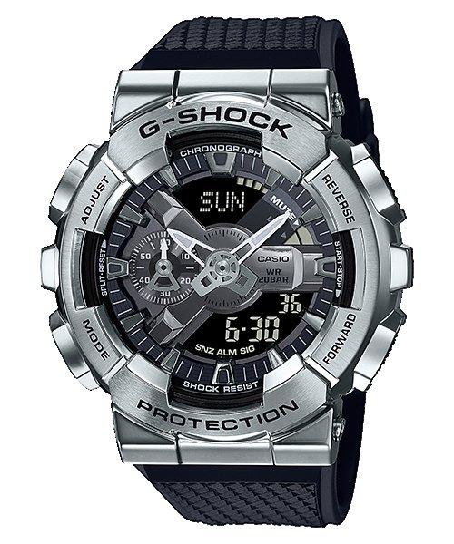 CASIO手錶公司貨G-SHOCK全金屬外殼銀色錶圈與錶盤設計GM-110-1A