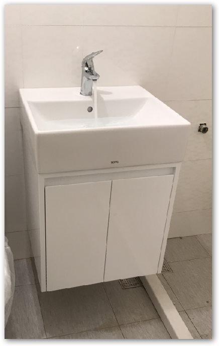 TOTO優惠 臉盆 浴櫃組 L710臉盆+710專用櫃(不含水龍頭) 100%防水發泡版   鋼琴烤漆