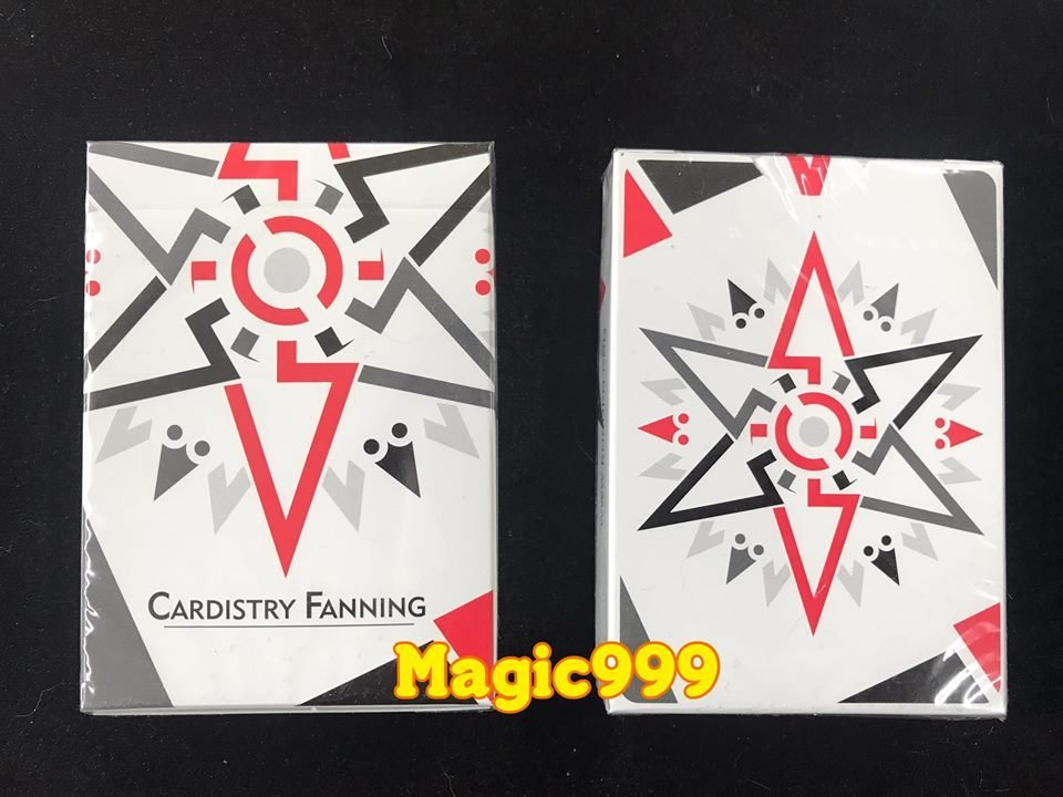 [MAGIC 999] 魔術道具 紙牌系列 花切 Cardistry Fanning Playing Cards 白色