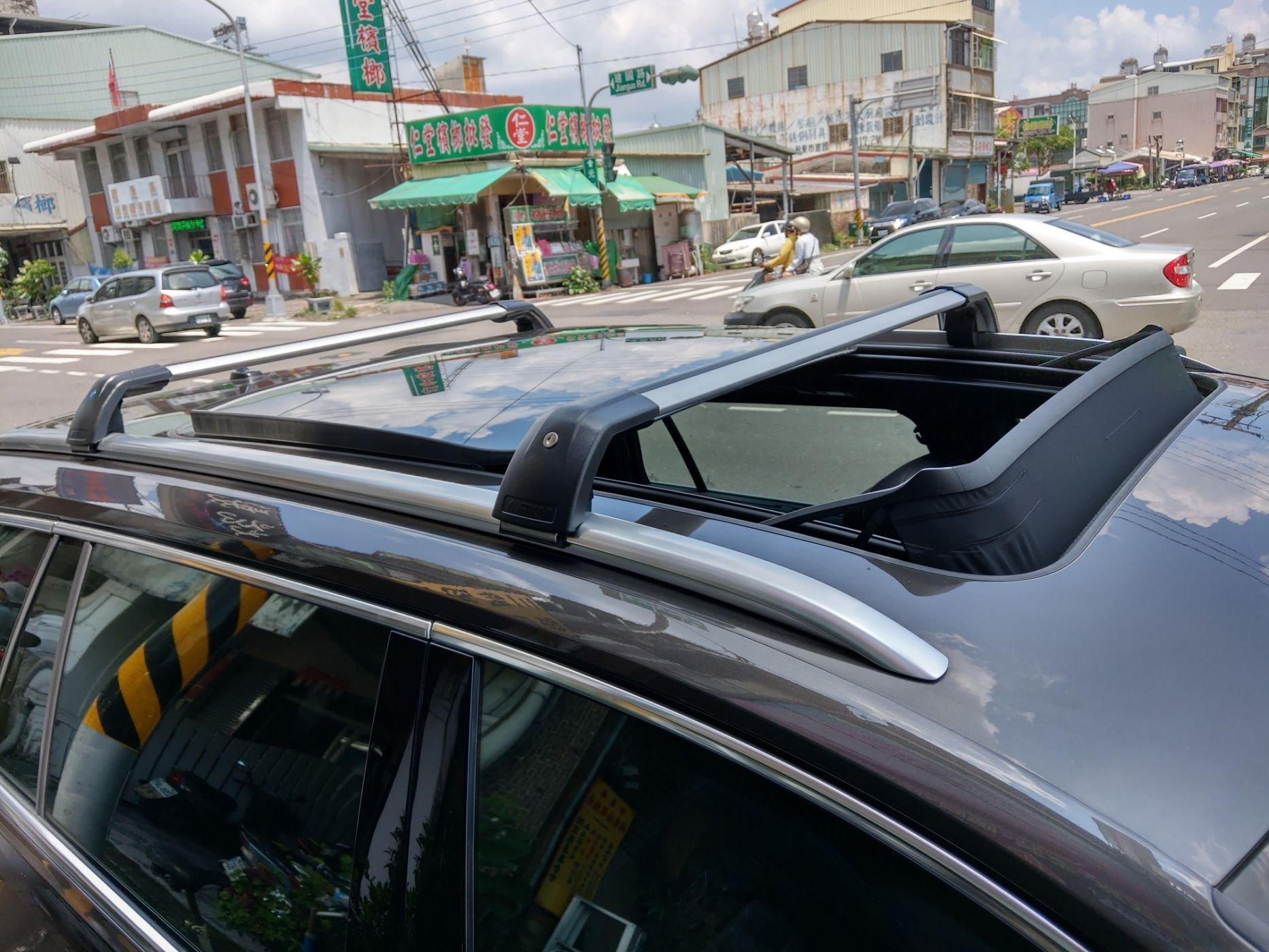 ㊣TIN汽車配件㊣2019 OUTLANDER 橫桿鋁合金通用型 車頂架行李架{適合原車配縱桿.服貼一體式直桿車種安裝}