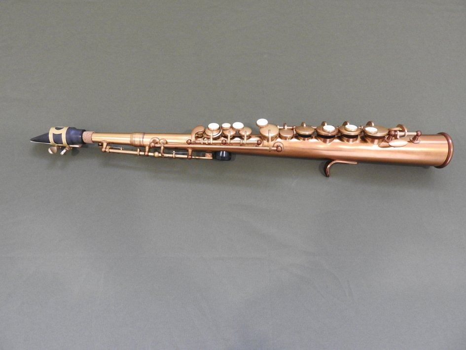 歐瑞特樂器社:防疫期間減少外出,在家自學薩克斯風,最好吹奏的Easy Sax.小高音薩克斯風,本賣場特價推廣專賣!