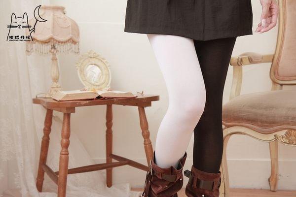 【拓拔月坊】 製 MORE   80丹 雙色褲襪  復活款~ !