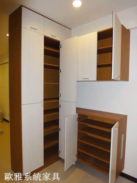 歐雅系統家具 超強收納系統櫃 系統櫃 E1V313 德國進口板 客製化訂做 系統鞋櫃 150種顏色
