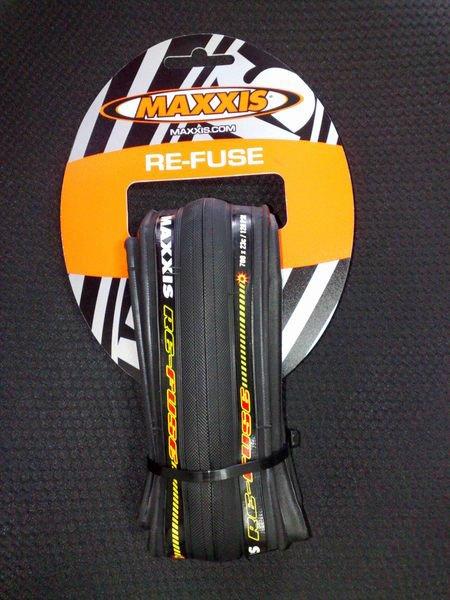 【二輪極速】瑪吉斯MAXXIS RE-FUSE M200 700x23C 一級防刺可折彩色胎 黑