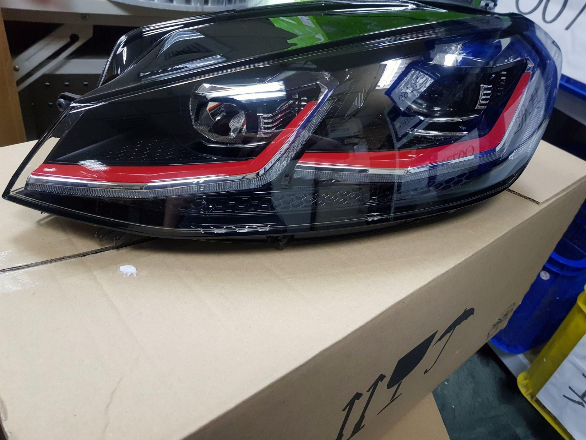 VW GOLF GTI 7.5代 原廠大燈 原廠件