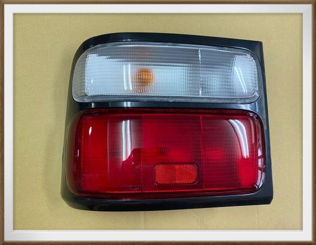 【帝益汽材】豐田 TOYOTA 中型巴士 COASTER 03~16年 後燈 尾燈 煞車燈 後方向燈《另有賣後視鏡架》