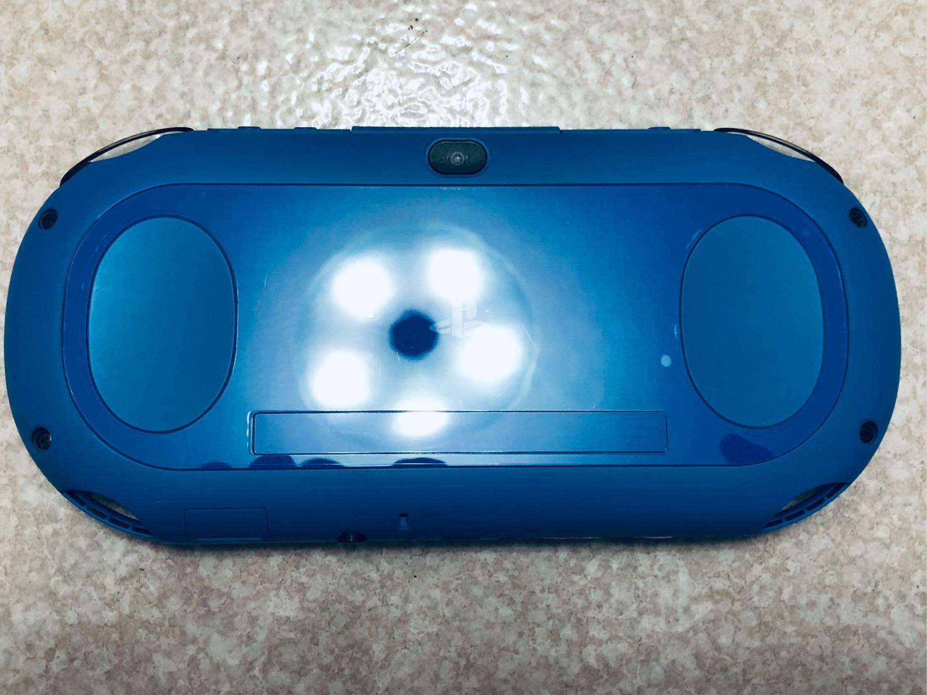 便宜售只考慮價格.外觀新.配件無所謂的請進PSV 2000主機黑藍色單主機+可改機3.73版本8成新未改機一年保修