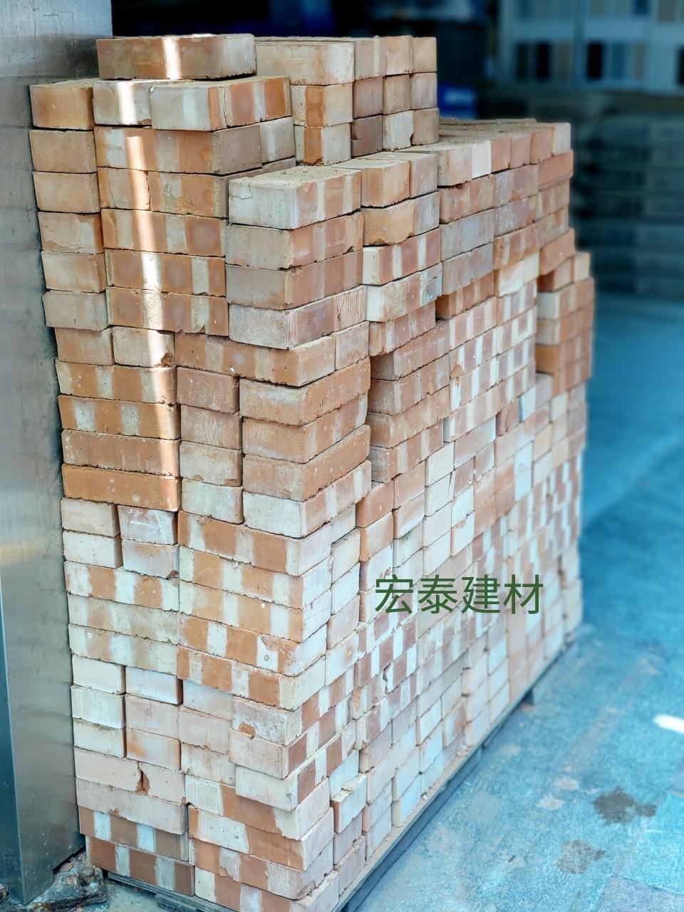 [台北市宏泰建材] 紅磚~約19.3x8.5x4.2公分(另有售空心磚)