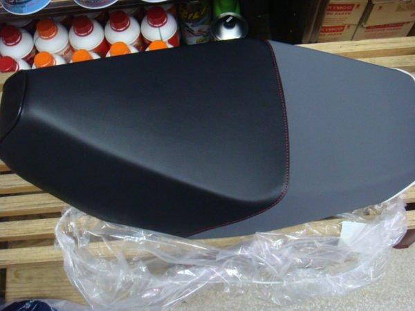 三陽 原廠 R1 125 R1Z 125 坐墊/椅墊 也有出售 G3/G4/G5/G6/雷霆/JR/頂客座墊