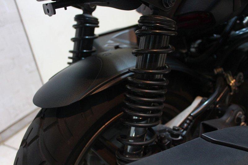 【翰翰二輪】BWSR 勁戰四代 全車系 原廠內土除切割 修改 改型 精緻切割 後土除 後排版 擋泥板 高質感 無毛邊