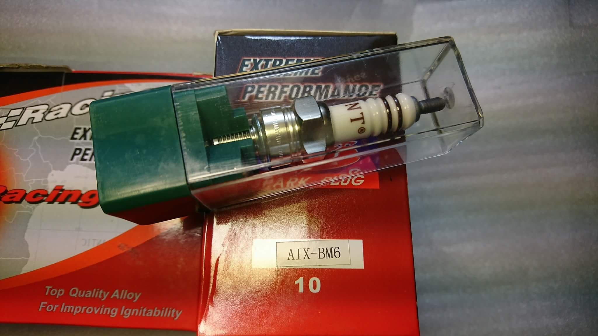 農機 鏈鋸 二行程 用 銥合金 火星塞 AIX-BM6*可代用BM6A*WS7E*WS8E*W22M-U*L6C*