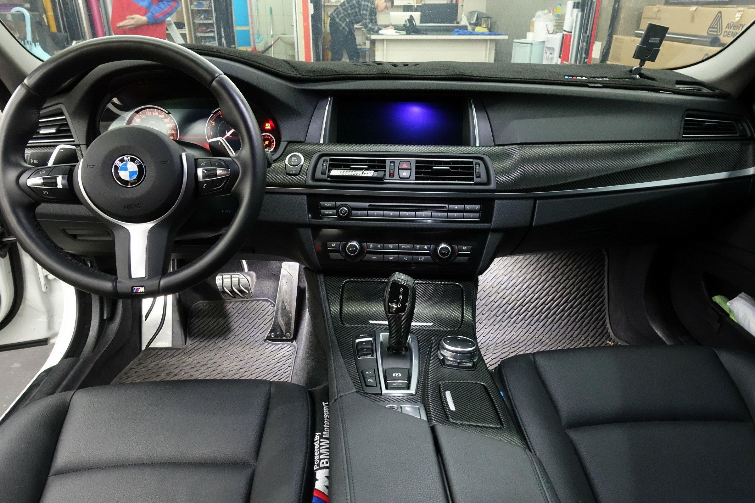BMW 5系列 F10 內飾板貼膜 內裝貼膜 卡夢內裝 3M卡夢 內飾板包膜 內裝包膜 窗框貼膜 E60 G30 M5