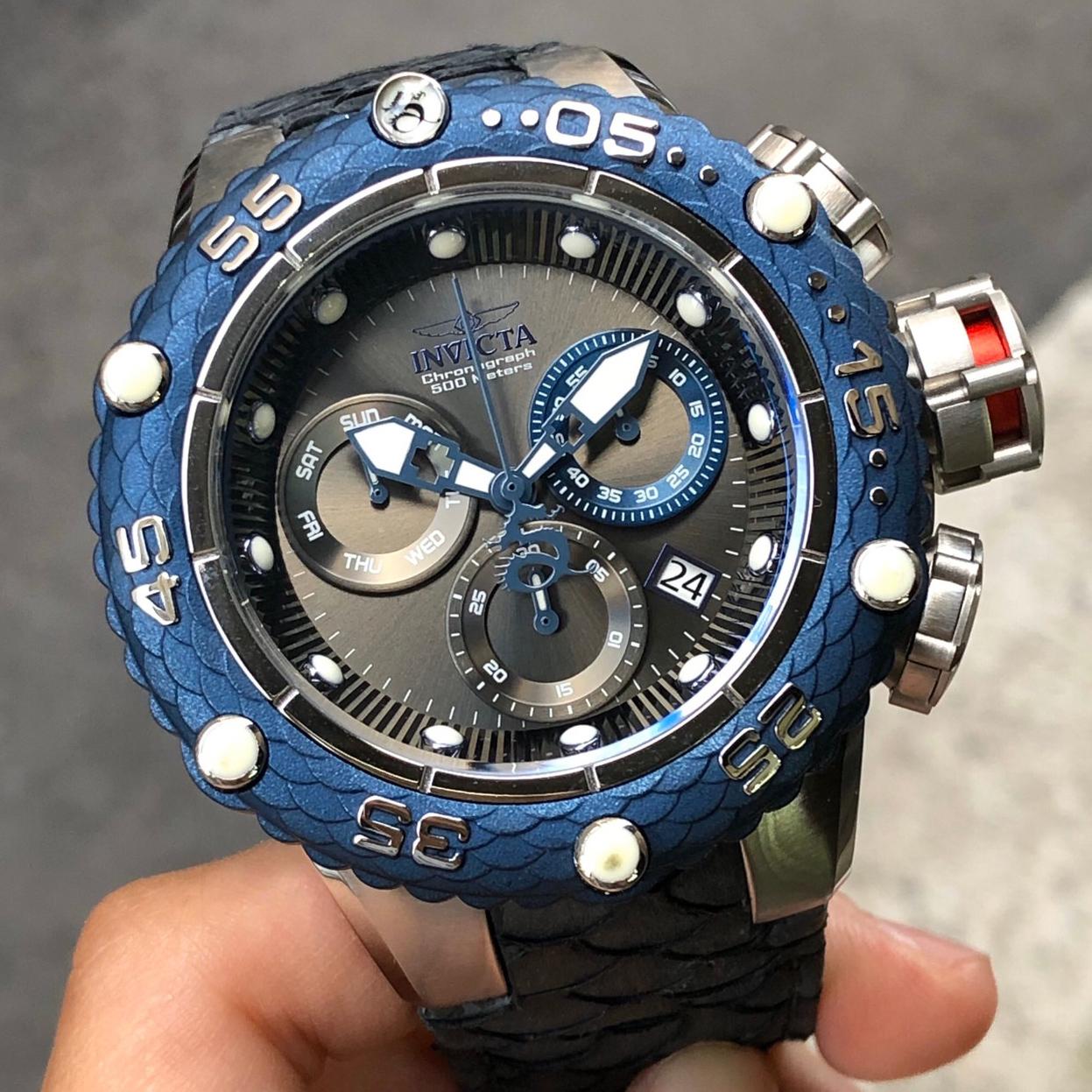 全新現貨出清價 可自取 INVICTA 25068 手錶 51mm 三眼計時 藍色錶圈 黑面盤 藍色蛇紋皮革錶帶 男錶