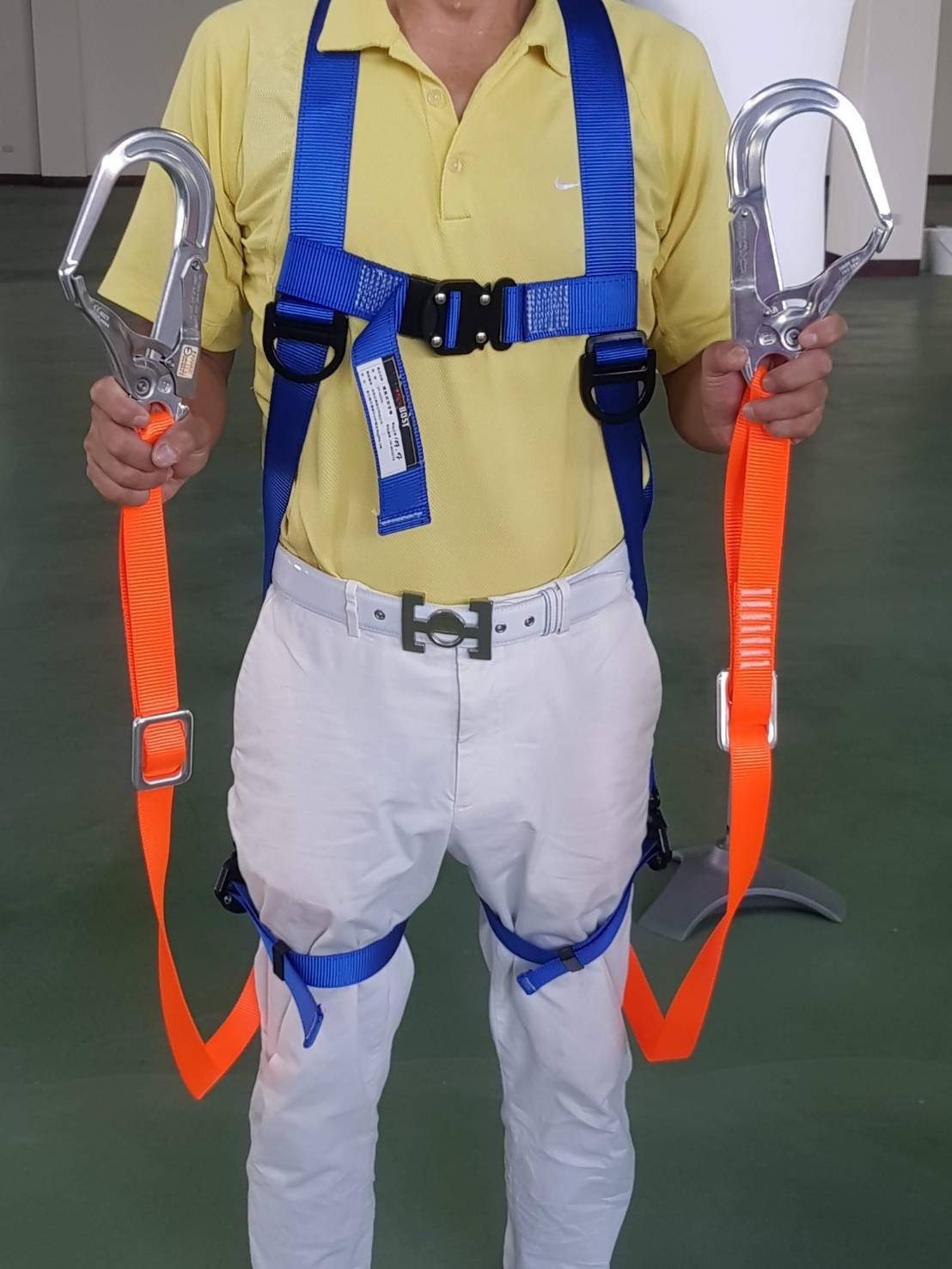 WIN 五金 台灣製 FKS BOST 快扣(雙織帶雙鋁大鉤) 背負式安全帶 落傘式安全帶 通過CNS14253檢驗